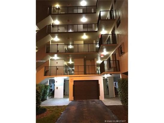 Rental - North Lauderdale, FL (photo 1)