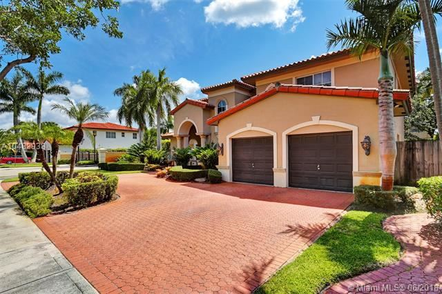 16021 Nw 79th Ct, Miami Lakes, FL - USA (photo 2)