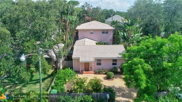 833 Sw 17th St, Fort Lauderdale, FL - USA (photo 1)