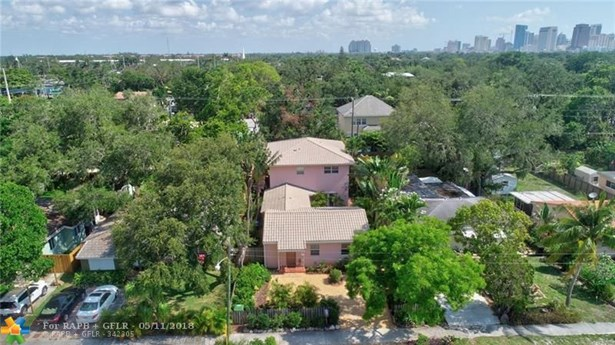 833 Sw 17th St, Fort Lauderdale, FL - USA (photo 2)
