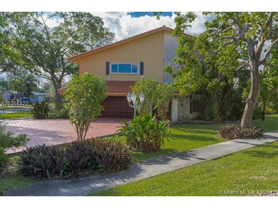1330 N Royal Poinciana Blvd, Miami Springs, FL - USA (photo 2)