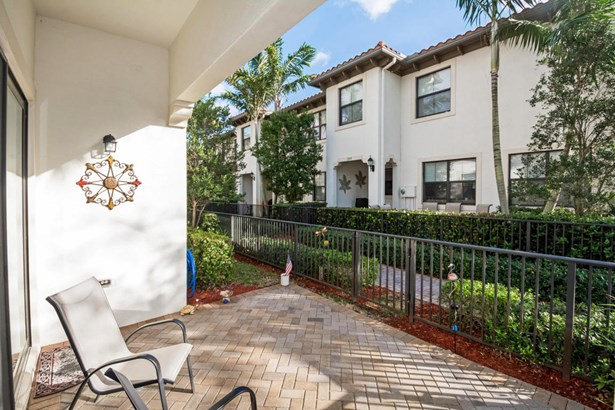 Condo/Townhouse - Sunrise, FL (photo 4)