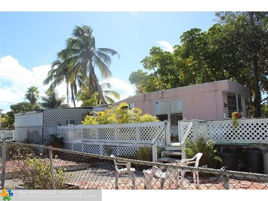Single-Family Home - Other City - Keys/Islands/Caribbean, FL (photo 2)