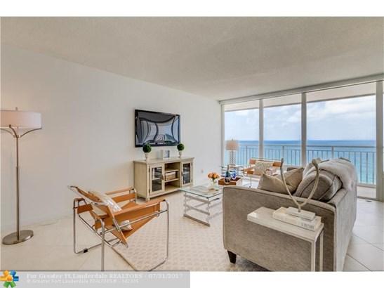 Condo/Townhouse - Pompano Beach, FL (photo 5)