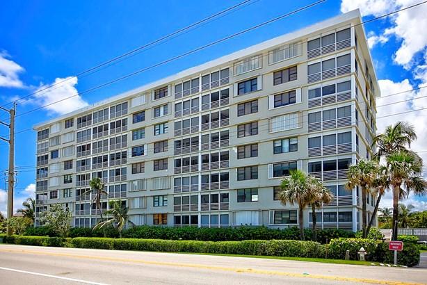 911 Ocean Drive Unit 106, Juno Beach, FL - USA (photo 5)