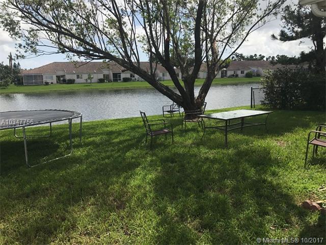 Single-Family Home - Miramar, FL (photo 4)