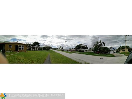 1212 E River Dr, Margate, FL - USA (photo 1)