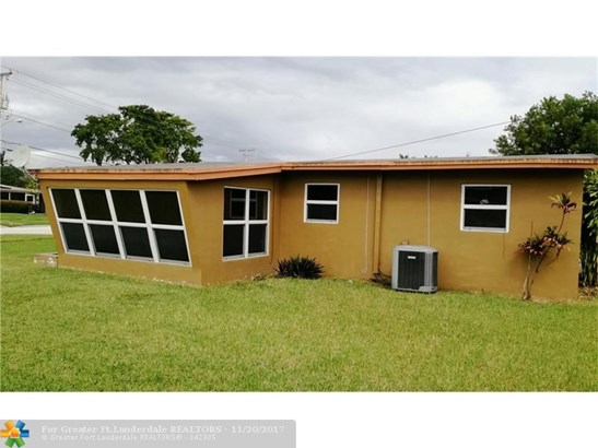 1212 E River Dr, Margate, FL - USA (photo 3)