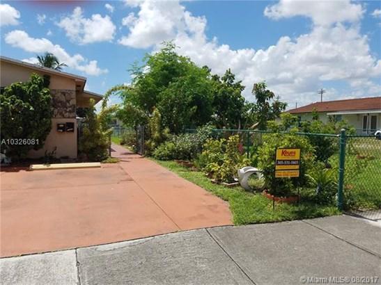Multi-Family - Hialeah, FL (photo 1)