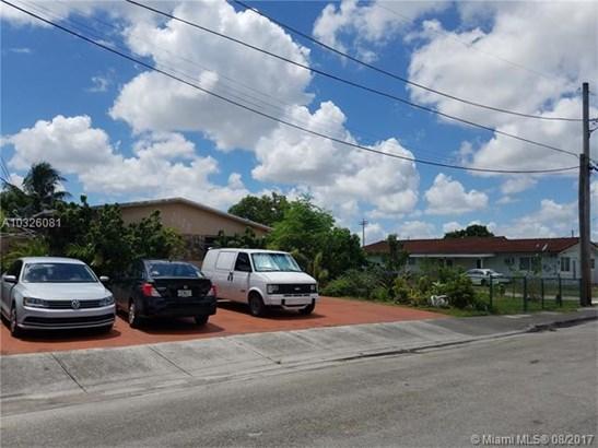 Multi-Family - Hialeah, FL (photo 4)