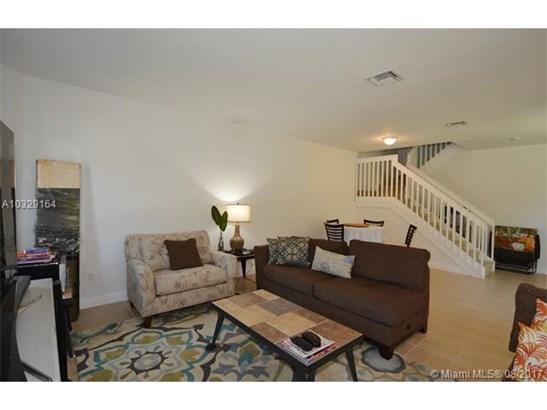 1311 Sw 147th Ave, Pembroke Pines, FL - USA (photo 5)