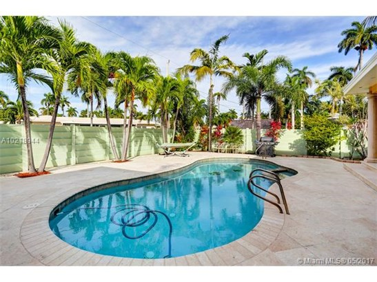Single-Family Home - Hollywood, FL (photo 2)