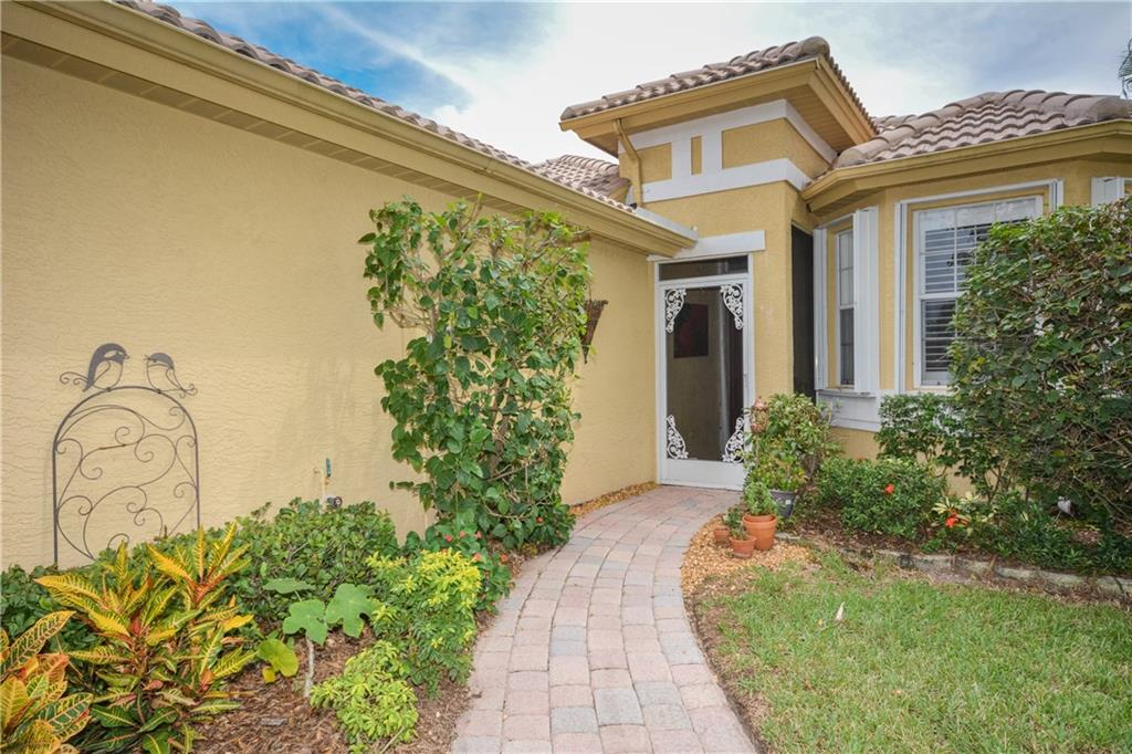 Single-Family Home - Jensen Beach, FL (photo 3)