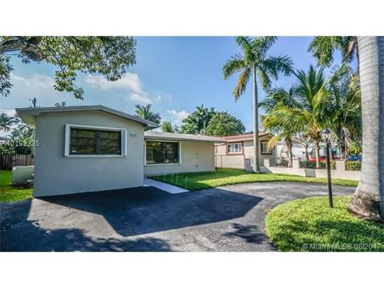Single-Family Home - Hollywood, FL (photo 1)