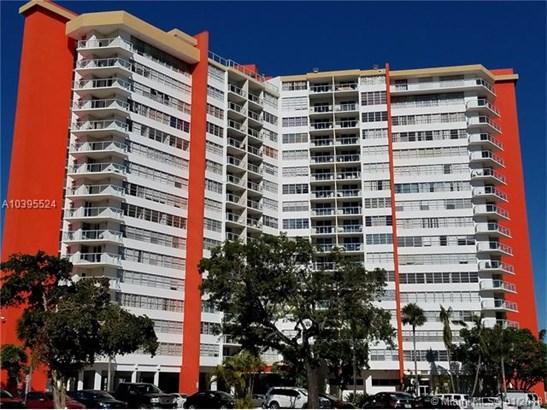 1301 Ne Miami Gardens Dr  #615w, Miami, FL - USA (photo 1)