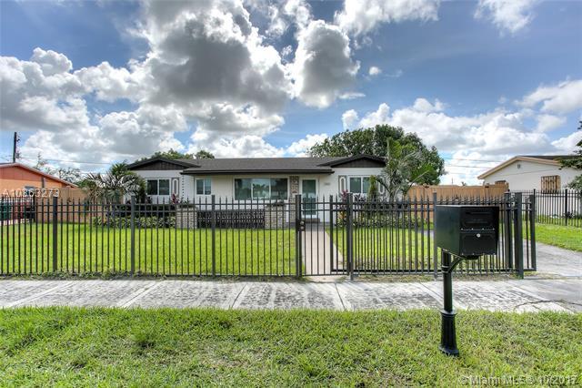 2810 Nw 212th Ter, Miami Gardens, FL - USA (photo 1)