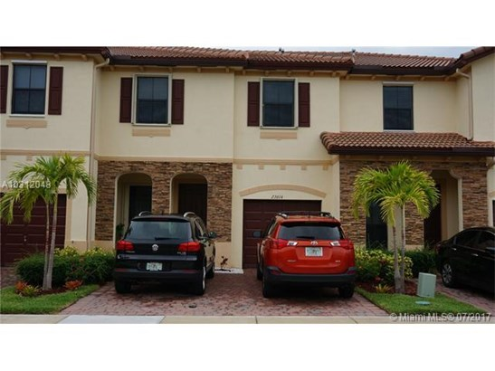Condo/Townhouse - Unincorporated Dade County, FL (photo 1)