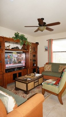 Condo/Townhouse - Unincorporated Dade County, FL (photo 3)