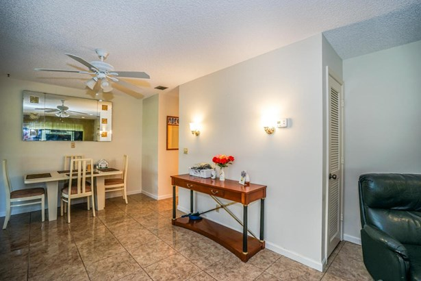 Condo/Townhouse - Boynton Beach, FL (photo 4)