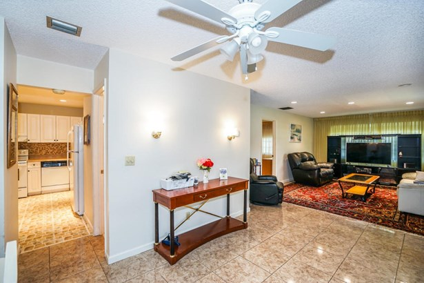 Condo/Townhouse - Boynton Beach, FL (photo 5)