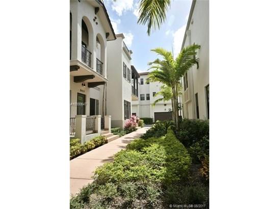 8449 Nw 51st Ter  #., Doral, FL - USA (photo 2)