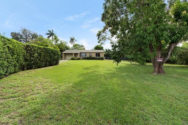 230 Jackson Drive, West Palm Beach, FL - USA (photo 2)