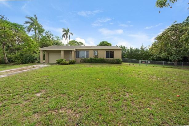 230 Jackson Drive, West Palm Beach, FL - USA (photo 4)
