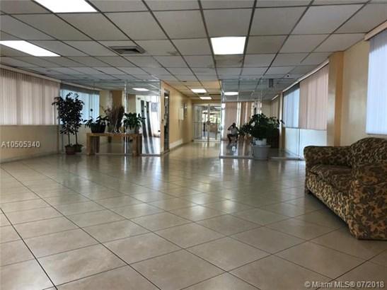 16710 Ne 9th Ave  #408, North Miami Beach, FL - USA (photo 2)