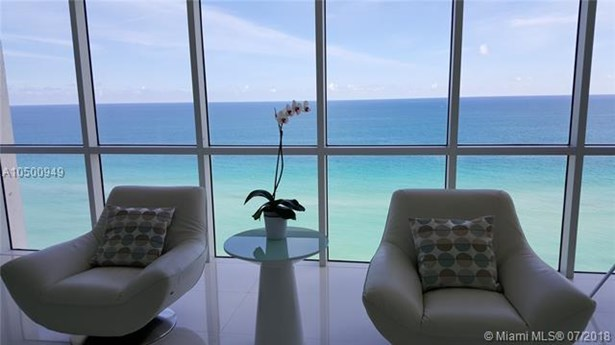 16425 Collins Ave  #1411, Sunny Isles Beach, FL - USA (photo 2)