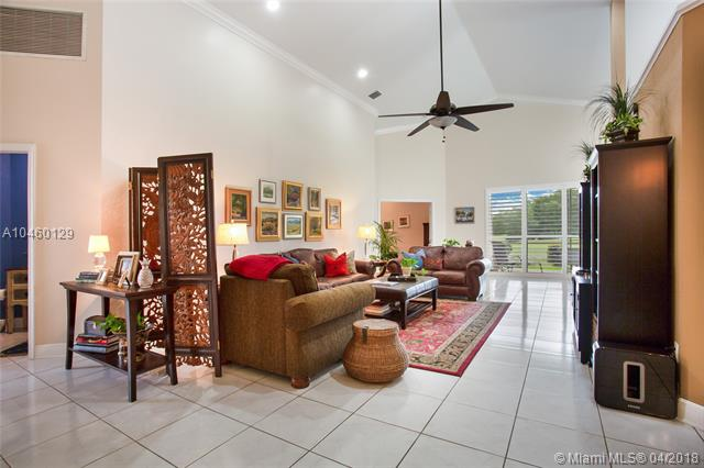 1531 E Lacosta Dr E, Pembroke Pines, FL - USA (photo 4)