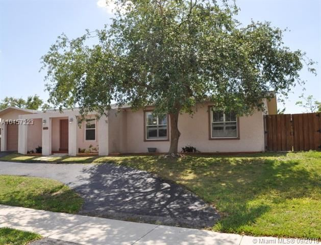 19472 Sw 87 Court, Cutler Bay, FL - USA (photo 1)