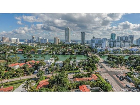 Single-Family Home - Miami Beach, FL (photo 3)