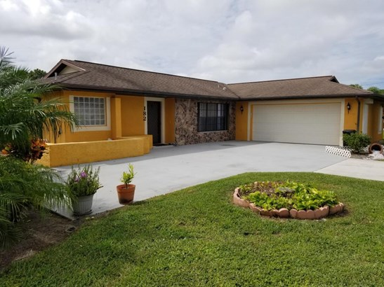 182 Se Nash Court, Port St. Lucie, FL - USA (photo 1)