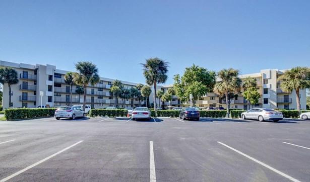 2440 Deer Creek Country Club Boulevard Unit 410-c, Deerfield Beach, FL - USA (photo 1)