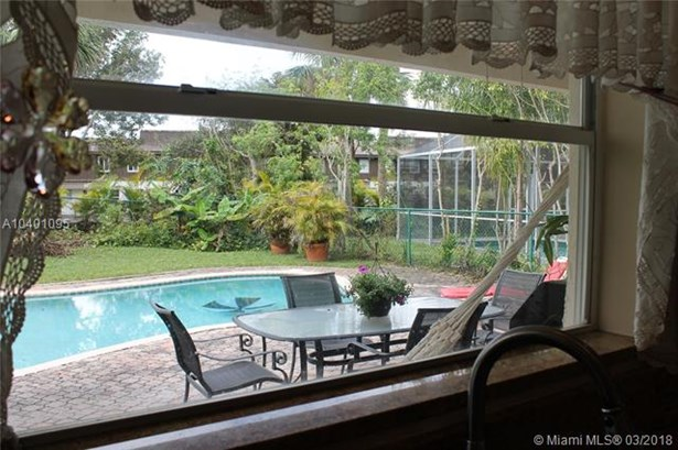 3946 Jasmine Ln, Coral Springs, FL - USA (photo 4)