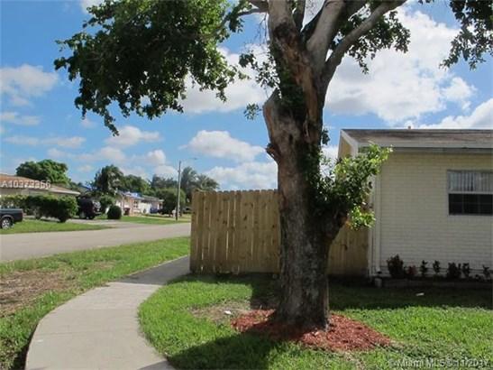6502 Ne Baltrusol, North Lauderdale, FL - USA (photo 2)