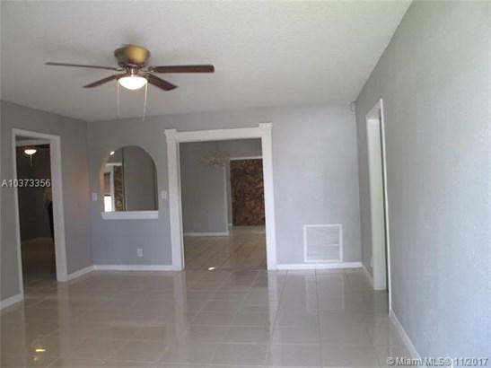 6502 Ne Baltrusol, North Lauderdale, FL - USA (photo 3)