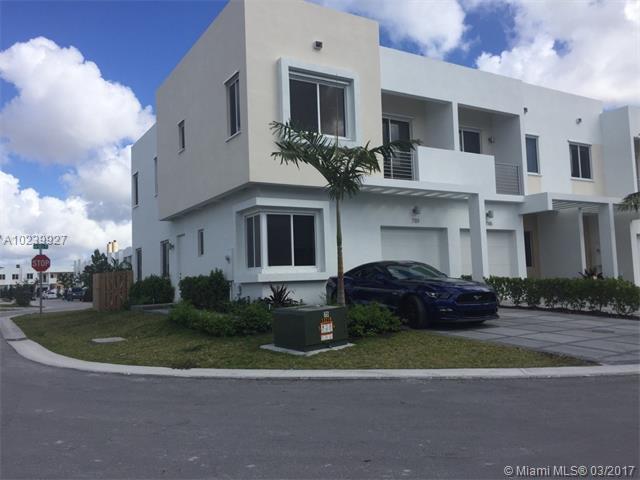 7151 Nw 103 Path  #7151, Doral, FL - USA (photo 1)
