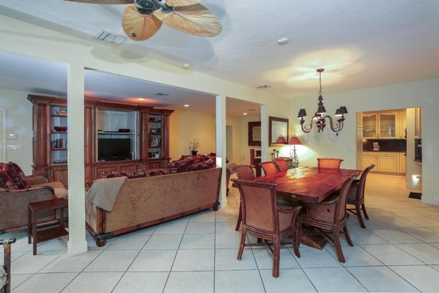 2401 Bay Drive, Pompano Beach, FL - USA (photo 3)