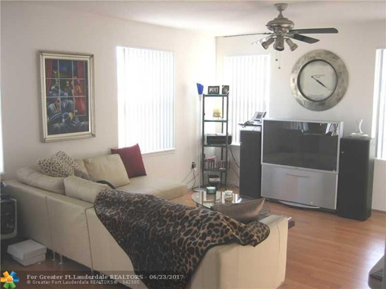 6646 W Sample Rd #6646, Coral Springs, FL - USA (photo 2)