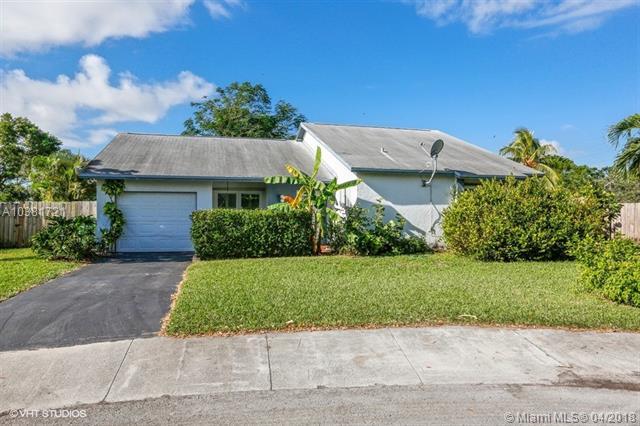 1450 N Bluebird Ln, Homestead, FL - USA (photo 1)