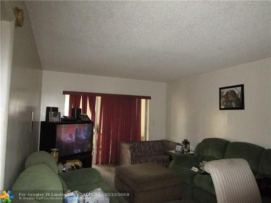 3091 Nw 46th Av #306c, Lauderdale Lakes, FL - USA (photo 4)