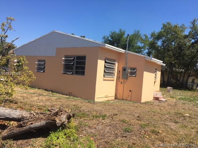 1710 Nw 83rd Ter, Miami, FL - USA (photo 3)
