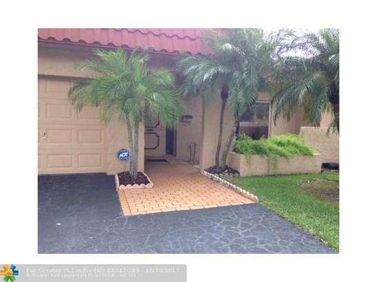 2300 Sw 81st Way #12, North Lauderdale, FL - USA (photo 3)