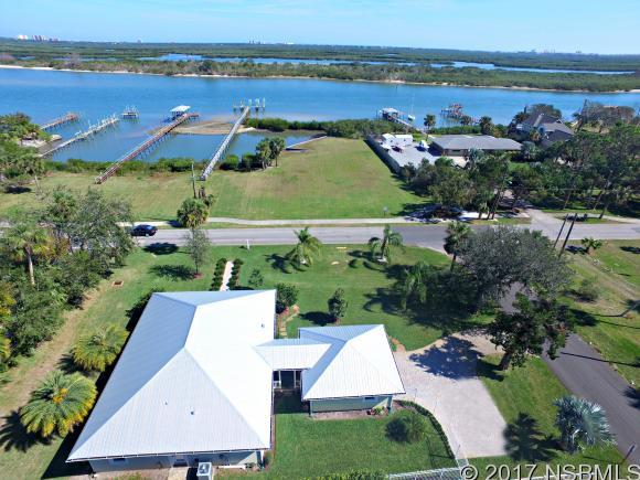 Single-Family Home - Edgewater, FL (photo 3)