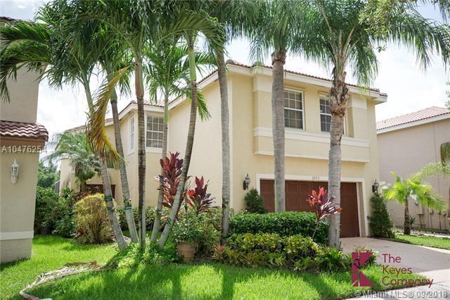 2053 Sw 173rd Ave, Miramar, FL - USA (photo 3)