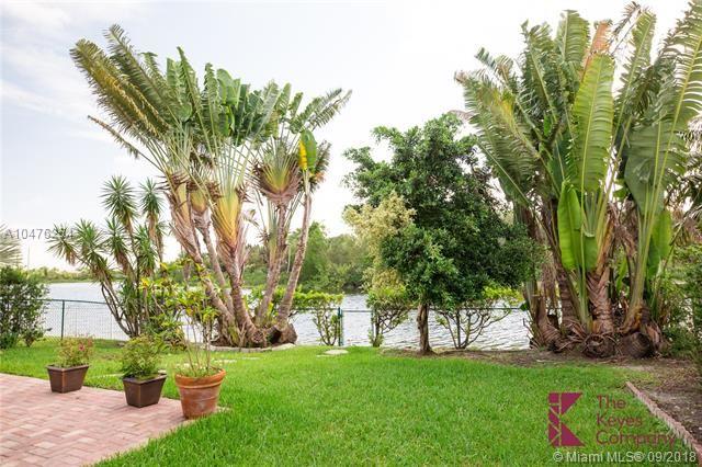 2053 Sw 173rd Ave, Miramar, FL - USA (photo 5)