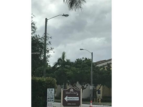 20901 Nw 14th Pl, Miami Gardens, FL - USA (photo 4)