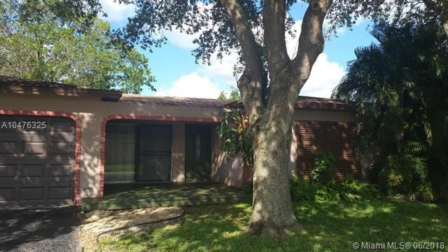 8941 Nw 7th Ct, Pembroke Pines, FL - USA (photo 2)