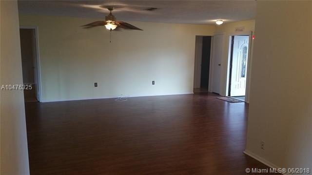 8941 Nw 7th Ct, Pembroke Pines, FL - USA (photo 5)